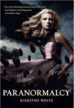 'Paranormalcy (Paranormalcy, #1)' by Kiersten White